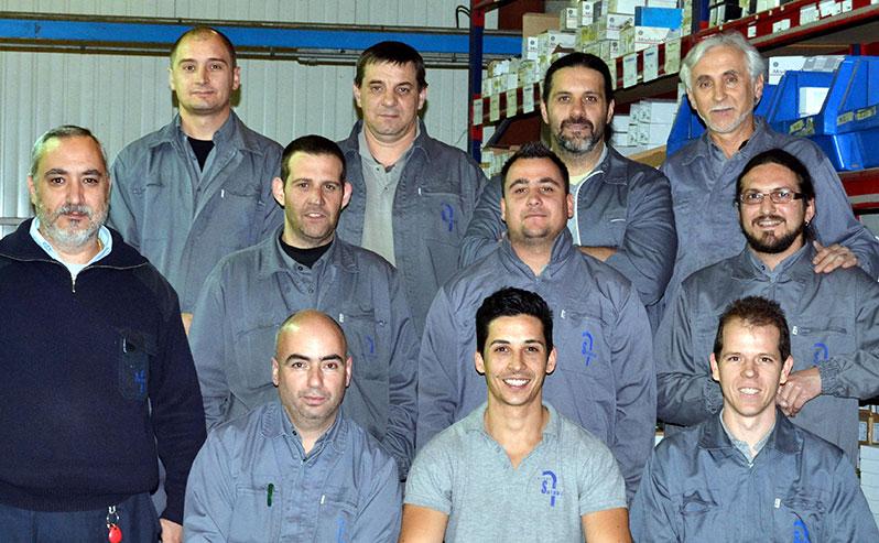 Na imagem, membros da equipa humana da área de Eletricidade.