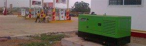 Os nossos grupos de emergência, nas gasolineiras de Gana