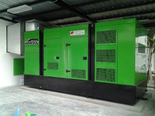 O grupo electrogéneo de emergência IP-550 após a instalação.