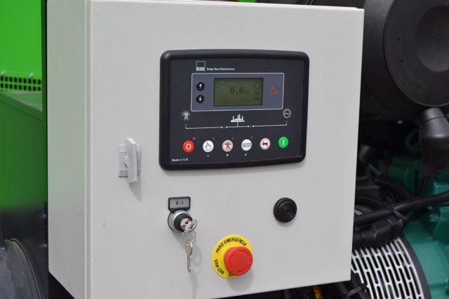 Unidade de controlo DSE-6020-MKII