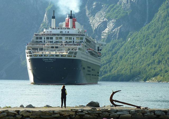 Embarcaciones que atracan en los puertos