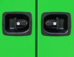 Armario inmesol mod 300 400 Mudança dos fechos das portas por fechos por pressão