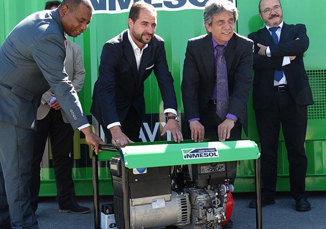 Cônsul e do Vice-cônsul do Equador em Múrcia, o Sr. D. Gustavo Mateus Acosta e o Sr. D. Juan Valencia Quiñonez