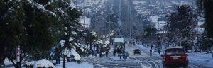 Cidade de Santiago coberta de neve. - Imagem: EPA