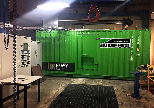 Grupo electrogéneo modelo IT-1115 sendo instalado na estação de bombeamento