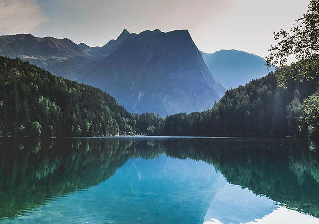Fotografia de Paul Gilmore. Piburger See, Áustria